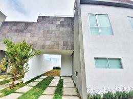 """Foto Casa en Venta en  Nueva Serratón,  Zinacantepec  Casa Nueva en Venta en Residencial """"Finca Serratón"""", Zinacantepec."""