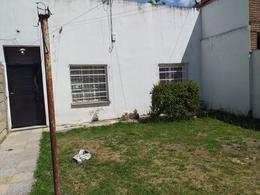 Foto Casa en Venta en  Burzaco,  Almirante Brown  Caferatta al 1000