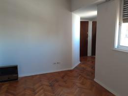 Foto Departamento en Alquiler temporario en  Almagro ,  Capital Federal  SOLIS al 600