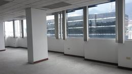 Foto Oficina en Alquiler en  Centro Norte,  Quito   OFICINAS REMODELAS,  150 MTS . CADA UNA , .$8,00 m2. AMAZONAS