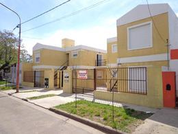 Foto Departamento en Alquiler en  Talleres,  General Pico  4 e/ 5 y 3