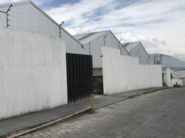 Foto Galpón en Venta en  Norte de Quito,  Quito  Galpones de venta, Eloy Alfaro y de los Arupos