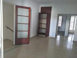 Foto Casa en Alquiler en  Barrio Norte,  La Plata  44 ENTRE 21 Y 22