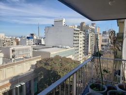 Foto Apartamento en Alquiler en  Cordón ,  Montevideo  Apartamento de 4 dormitorios en alquiler en Cordón