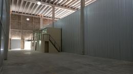 Foto Bodega Industrial en Renta en  Cancún,  Benito Juárez  Bodega Renta 360m2 Cancún