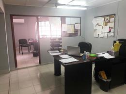 Foto Bodega Industrial en Renta | Venta en  Zona Centro,  Chihuahua  BODEGA EN VENTA CON OFICINAS CERCA AVE PACHECO