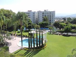 Foto Departamento en Venta en  Jardines de Cuernavaca,  Cuernavaca  Venta de departamento en Col. Jardines de Cuernavaca, alberca, 4 recamaras...Clave 1617