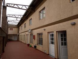 Foto Departamento en Alquiler en  Villa Gobernador Galvez,  Rosario  JUAN DOMINGO PERON al 1700 Depto. 8