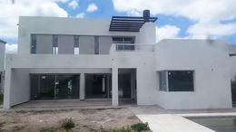 Foto Casa en Venta en  Los Naranjos,  Countries/B.Cerrado  Sargento Cabral