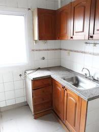 Foto Departamento en Venta en  Sarandi,  Avellaneda  San Pedro al 100