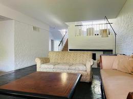 Foto Casa en Venta | Alquiler en  Las Lomas de San Isidro,  San Isidro  Lynch  al 800