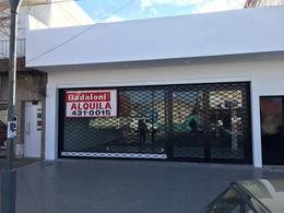 Foto Local en Alquiler en  Azcuenaga,  Rosario  Mendoza 5960