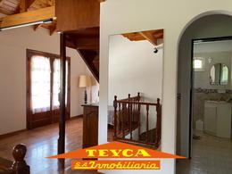 Foto Casa en Venta en  Ostende ,  Costa Atlantica  Peru 443 e/ Madero y Romero