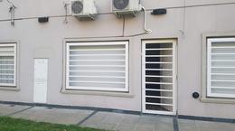 Foto thumbnail Departamento en Alquiler en  Moreno,  Moreno  Dpto - Independencia y de la quintana - Moreno - Lado Norte