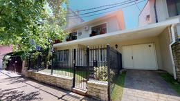 Foto thumbnail Casa en Venta en  La Lucila-Libert./Rio,  La Lucila  Bermudez al 300