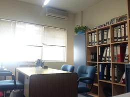Foto Oficina en Venta en  Centro (Capital Federal) ,  Capital Federal                  Parana  200