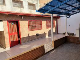 Foto Casa en Venta en  Barrio Hospitales,  Rosario  Garay  2041