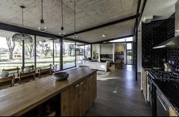 Foto Casa en Alquiler temporario en  Centauros,  Countries/B.Cerrado (G. Rodriguez)  Centauros
