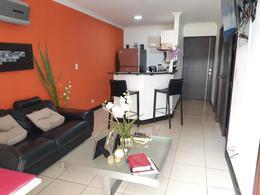 Foto Departamento en Venta en  Piedades,  Santa Ana  Santa Ana/ Amueblado/ 1 habitación/ Jardín/ Gimnasio