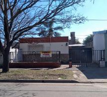 Foto Casa en Venta en  Perez ,  Santa Fe  Lamadrid al 1800
