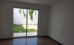 Foto Casa en Venta en  Villa Universitaria,  Zapopan  Residencia Venta Villa Universitaria $8,750,000 A392 E1