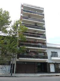 Foto thumbnail Departamento en Alquiler en  Barracas ,  Capital Federal  Iriarte al 1600, entre Av. Montes de Oca e Isabel la Catolica