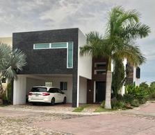 Foto Casa en Venta en  Fraccionamiento Residencial Náutico,  Altamira  Fracc.Nautico Residencial