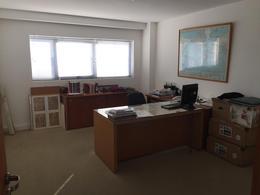 Foto Oficina en Venta en  Beccar,  San Isidro  Amplias oficinas en venta con cocheras. Seguridad 24hs. San Isidro