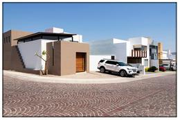 Foto Casa en Venta en  Fraccionamiento Cumbres del Lago,  Querétaro  Lago Zumpango 146-70