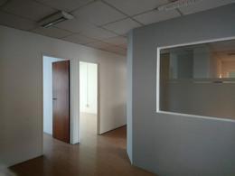 Foto Oficina en Alquiler en  Capital ,  Neuquen  ROCA al 100