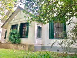 Foto Casa en Venta en  Adrogue,  Almirante Brown  BYNON 1838
