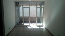 Foto Departamento en Alquiler en  Ramos Mejia Sur,  Ramos Mejia  AV. RIVADAVIA al 13400