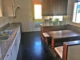 Foto Casa en Alquiler en  Carrasco ,  Montevideo  Excelente casa alquiler,  impecable