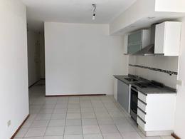 Foto Departamento en Alquiler en  Villa Ballester,  General San Martin  Aristobulo del Valle 4851 4º B