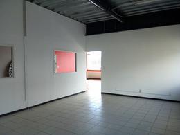 Foto Oficina en Renta en  Del Lago,  Benito Juárez  Amplio despacho en renta sobre Calzada de Tlalpan no. 1107, Colonia del Lago, Alcaldía Benito Juarez, Ciudad de México.