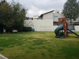 Foto Departamento en Venta | Renta en  Hacienda de las Palmas,  Huixquilucan  SKG Asesores Inmobiliarios Vende / Renta departamento en Av. Jesus del Monte, Hacienda de las Palmas