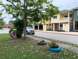 Foto Casa en Renta en  San Pedro Sula ,  Cortés  Amplio Townhouse disponible en Villas Seran