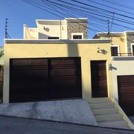 Foto Casa en Venta en  Las Uvas,  Tegucigalpa  Casa En Venta Residencial Las Uvas Circuito Cerrado Tegucigalpa