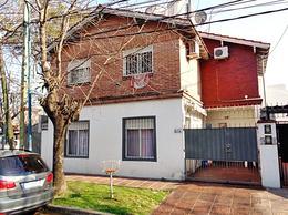 Foto Casa en Venta en  Carapachay,  Vicente Lopez  Santiago del Estero al 6100