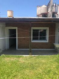 Foto Casa en Alquiler en  Concordia,  Concordia  Chacho Peñaloza 75 ( Villa Zoraquin)