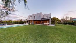 Foto Casa en Venta en  Santa Barbara,  Countries/B.Cerrado (Tigre)  Corredor Bancalari al 3900
