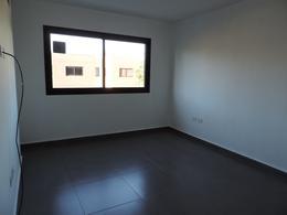 Foto Departamento en Venta en  Ezeiza ,  G.B.A. Zona Sur  San Juan al 500