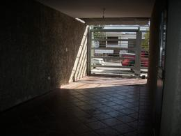 Foto Casa en Venta en  General Paz,  Cordoba Capital  Oncativo 2296 DUPLEX B