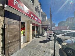 Foto Local en Alquiler | Venta en  Martinez,  San Isidro  Rawson al 2000