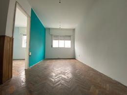 Foto Apartamento en Alquiler en  Cordón ,  Montevideo  gaboto al 1300