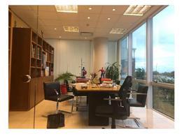 Foto Oficina en Alquiler en  Vicente López ,  G.B.A. Zona Norte  Libertador al 600