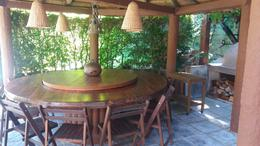 Foto Casa en Venta en  Punta del Este ,  Maldonado  Casa de 3 dormitorios y servicio en alquiler en La Mansa