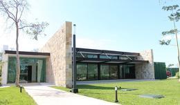 Foto Casa en Venta en  Pueblo Cholul,  Mérida  Casa en Privada Parque Natura (Olivo 15).