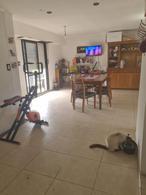 Foto Casa en Venta en  La Plata ,  G.B.A. Zona Sur  143 e 41 y 42
