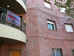 Foto thumbnail Departamento en Alquiler en  Capital ,  San Juan  Rivadavia Nº al 1100